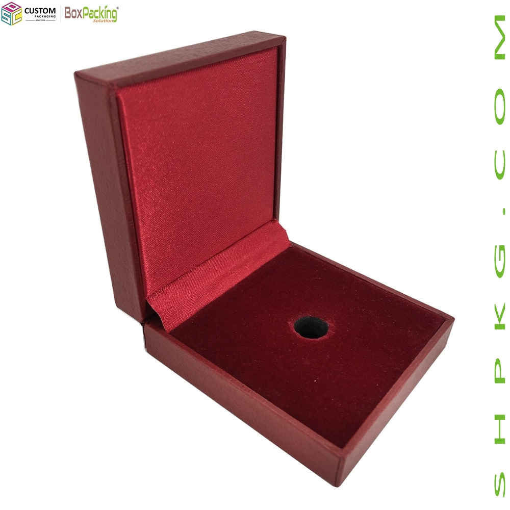 LUXURY LEATHER UNIVERSITY MEDAL GIFT BOX